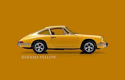 Photograph - 911 Bahama Yellow Phone Case by Mark Rogan