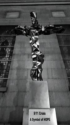 Photograph - 911 Cross by Rob Hans