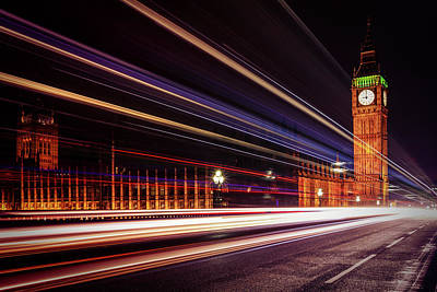 Photograph - 9pm In The City by Kelvin Trundle