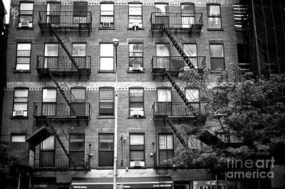 Photograph - 9th Avenue Living by John Rizzuto