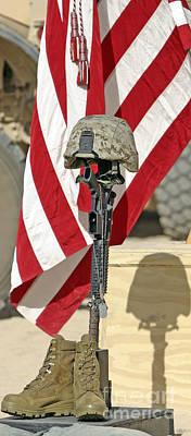 Gun Dog Photograph - A Battlefield Memorial Cross Rifle by Stocktrek Images