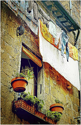 Painting - A Beautiful Clothesline In Italy by Mindy Newman