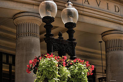 Photograph - A Boston View Lampposts by Roberta Byram