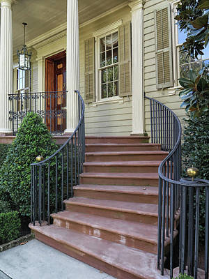 Photograph - A Charleston Entrance by Dave Mills