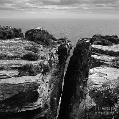 Photograph - A Chasm At The The Chasms by Paul Davenport