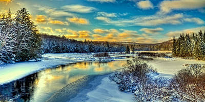 Snow Photograph - A Cold Winter Day by David Patterson