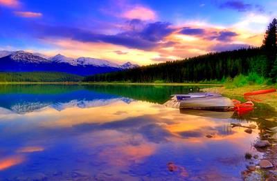 Photograph - A  Colourful Evening At Lake Patricia by Tara Turner