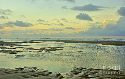 Photograph - A Crescent Beach Morning 9 by Lydia Holly