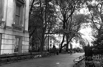 A Day In City Hall Park Mono Art Print by John Rizzuto