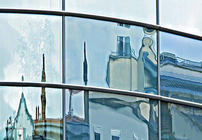 Photograph - A Fair City Reflection by Ethna Gillespie