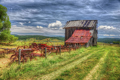 Photograph - A Farm In Roseberry by Richard J Cassato