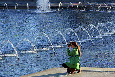 Photograph - A Fashionable Photographer At The World War II Memorial by Cora Wandel