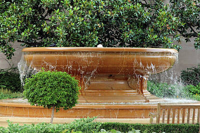 Photograph - A Fountain At The National Gallery Of Art by Cora Wandel