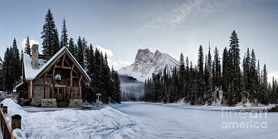 Photograph - A Frozen Emerald Lake Morning by Brad Allen Fine Art