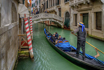 Photograph - A Gondola Trip On A Venice Canal_dsc1337_02282017 by Greg Kluempers