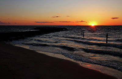 Photograph - A Grand Beach Sunset by Judy Vincent