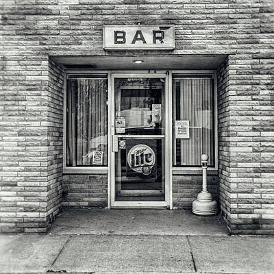 Photograph - A Gut Walks Into A Bar by Cynthia Traun