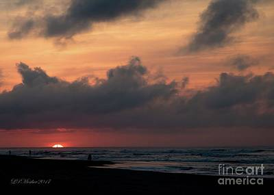 Photograph - A Hatteras Sunrise by Linda Mesibov
