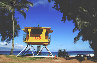 Photograph - A Hawaiian Beach Day by Laurie Search