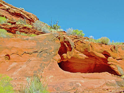 Photograph - A Hidey-hole Along Calf Creek Lower Falls Trail In Grand Staircase-escalante National Monument, Utah by Ruth Hager