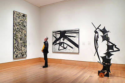 Jackson Pollock Photograph - A Kline A Pollock And A Sculpture by Frank Winters