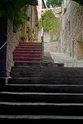A Long Climb Up Tuscan Steps Art Print