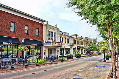 Photograph - A Look Down College Avenue - Blacksburg Virginia by Kerri Farley