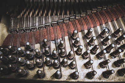 Steinway Grand Piano Wall Art - Photograph - A Look Inside An Old Steinway And Sons Piano by Ray Sheley