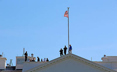 Photograph - On The Roof Of The White House by Cora Wandel