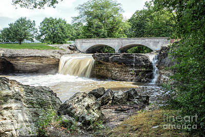 Photograph - A Missouri Waterfall by Lynn Sprowl