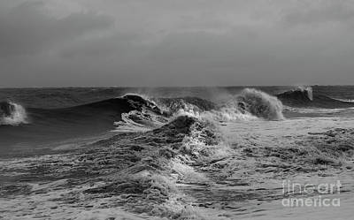 Photograph - A Nasty Sea by Skip Willits