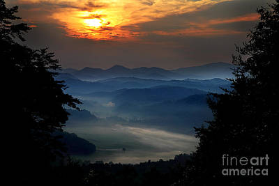 Photograph - A New Morning In The Valley by Michael Eingle