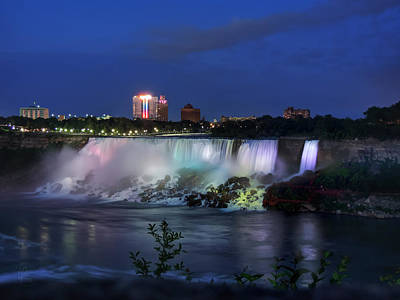 Photograph - A Night At Niagara Falls 001 by Lance Vaughn