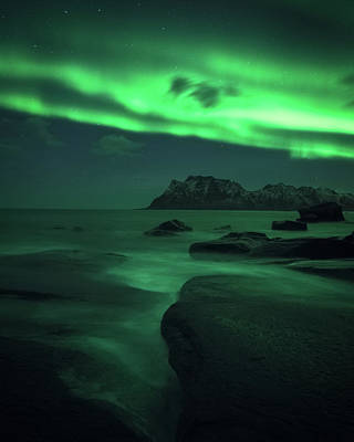 Nikon Photograph - A Night At Uttakleiv by Tor-Ivar Naess
