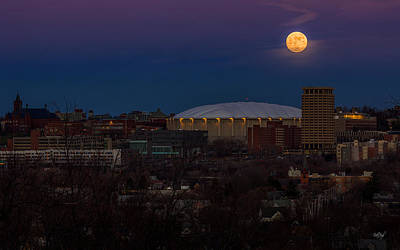 Syracuse Photograph - A Night To Remember by Everet Regal