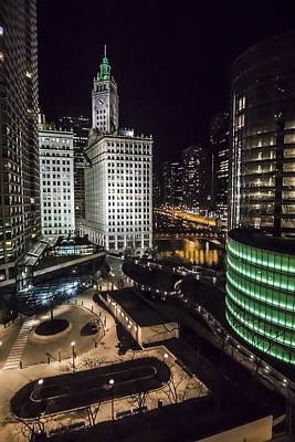 A Nighttime Look At Chicago's Wrigley Building Art Print by Sven Brogren