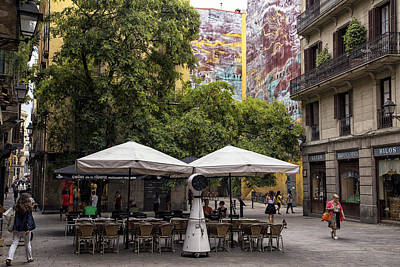 Barcelona Chair Photograph - Lunch In The City Square by Georgia Fowler
