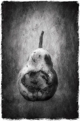 Pear Photograph - A Pair Of... B/w by Robert Brown