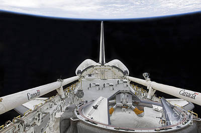 Ov-105 Photograph - A Partial View Of Space Shuttle by Stocktrek Images