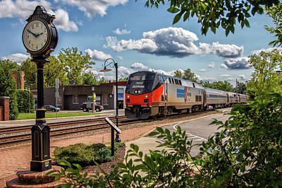 Wall Art - Photograph - Passenger Train In Ashland by Cliff Middlebrook