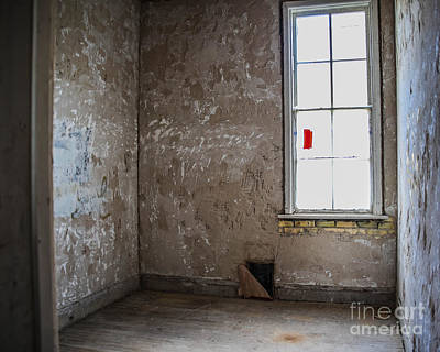Photograph - A Patient's Room by Grace Grogan
