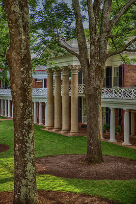 Wall Art - Photograph - A Pavilion At The University Of Virginia by Cliff Middlebrook