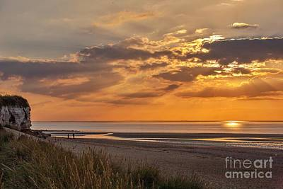 A Perfect End To A Day Art Print by John Edwards