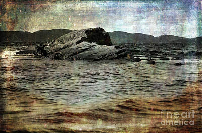 Photograph - A Piece Of The Continent by Randi Grace Nilsberg