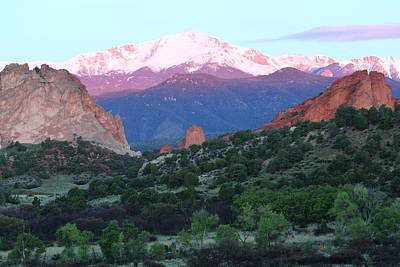 A Pikes Peak Sunrise Art Print by Eric Glaser
