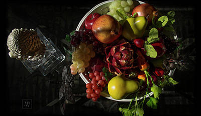 Photograph - A Plate Of Fruits by Yvonne Wright