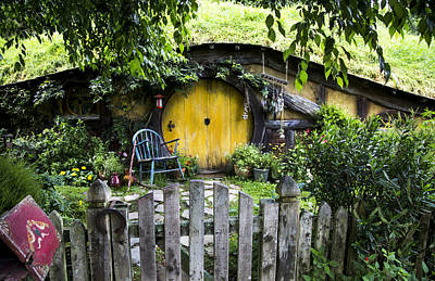 Photograph - A Pretty Little Hobbit Hole by Kathryn McBride