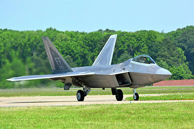 Photograph - A Raptor Taxiing Back To The Ramp by Don Mercer