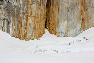 A Rock Fissure On Mt Dickey Print by Tim Grams