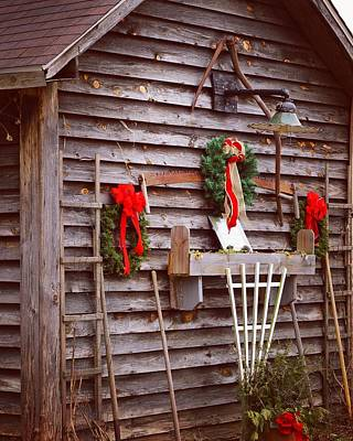 Photograph - A Rural Christmas by Rodney Lee Williams